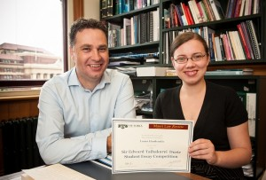 Picture of Laura Hardcastle and Carwyn Jones (Victoria University Image Services)